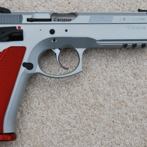 CZ Canadian Stainless